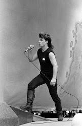 Bono ....