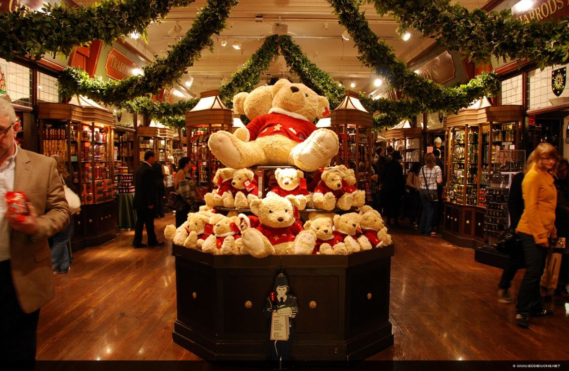 Fabulous London Harrods A Temple For Luxury Shopping