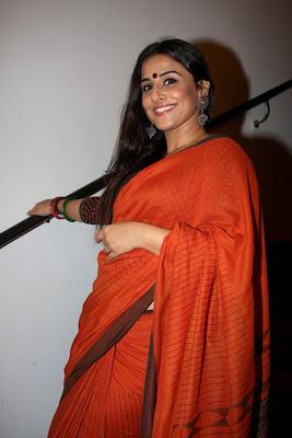 vidya balan at kahaani dvd launch glamour  images