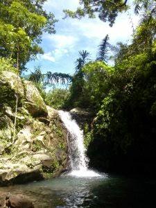 Air terjun Kalongan, Desa Pesucen, Kecamatan Kalipuro, Banyuwangi.