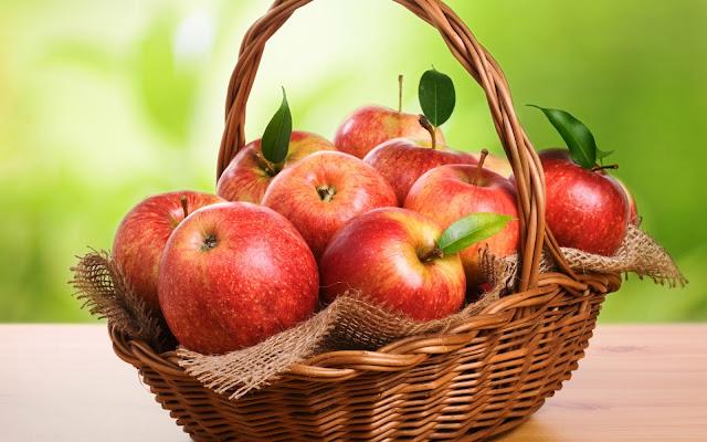 Fresh Red Apples in a Basket HD Fruit Wallpaper
