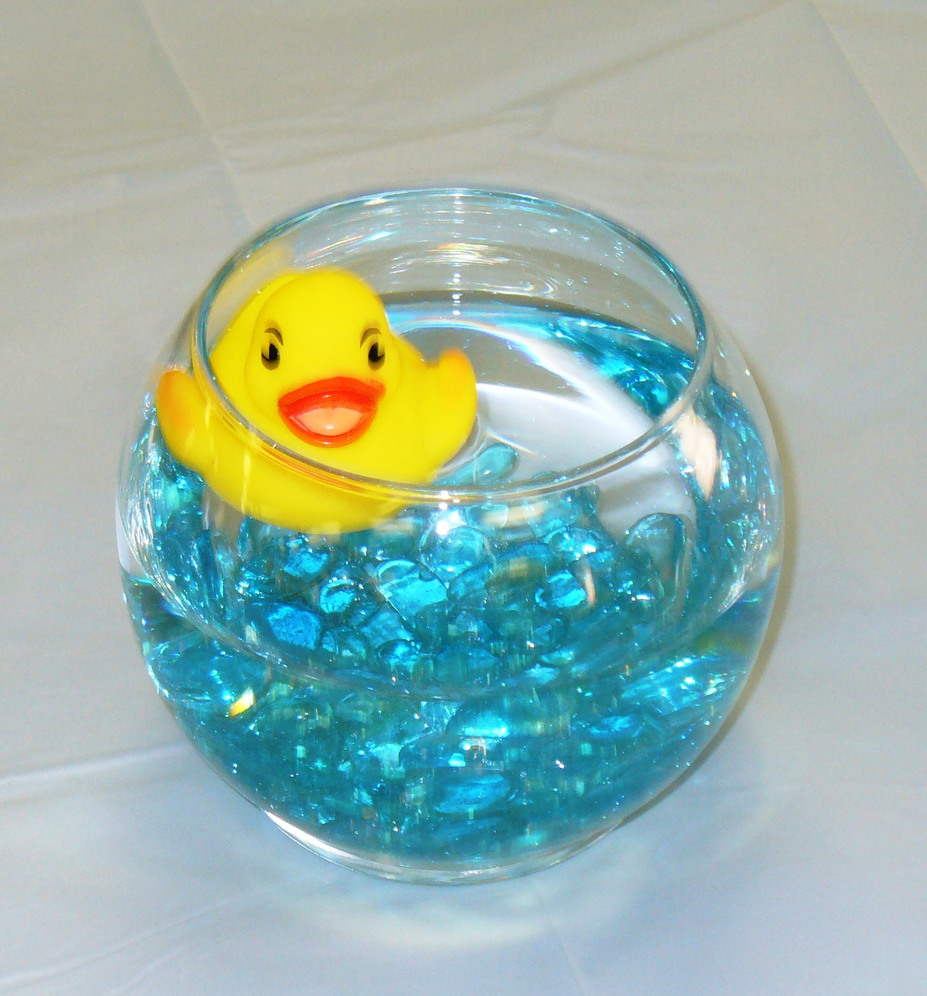 time parties cupcakes rubber duck shower guest table centerpiece