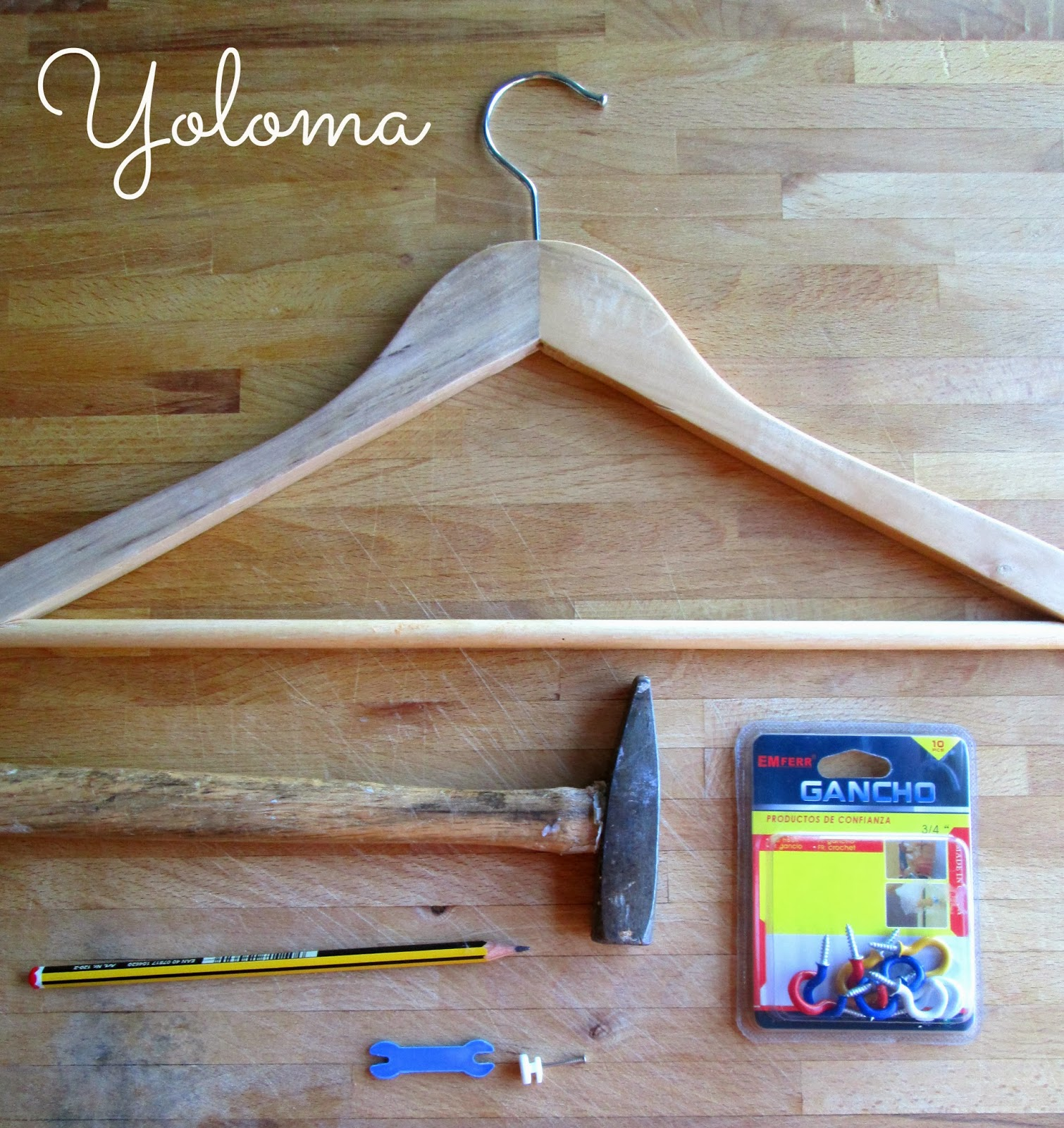 Yoloma shop perchas para colgar collares for Perchas con ganchos