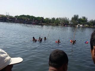 Kalah Adu Jotos Rebutan 'PL', Seorang Nelayan Diduga Tewas Masuk Kesungai