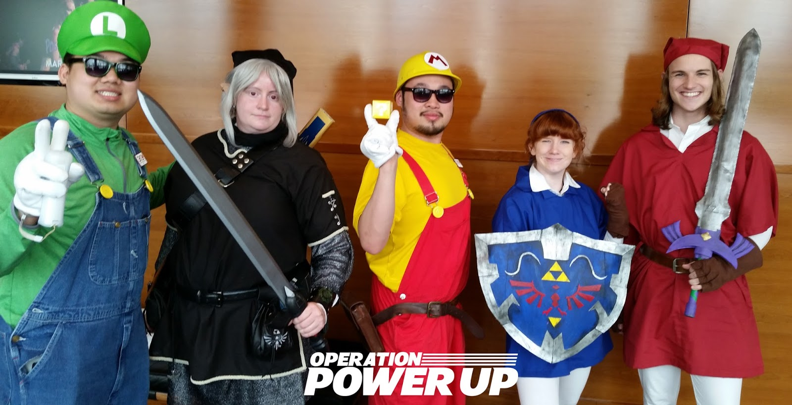 Operation power up cosplayers at the theatre thecheapjerseys Images