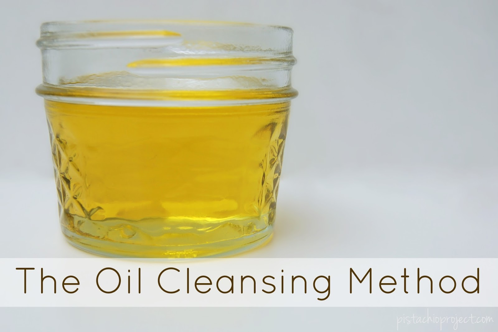 The Oil Cleansing Method - How to Clean Your Face With Oil