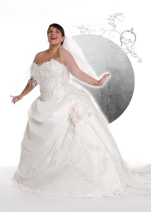 Robe de mariée grande taille  Coiffure Mariage
