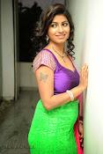 Geethanjali hot pics at Oka Roju Em Jarigindi-thumbnail-25