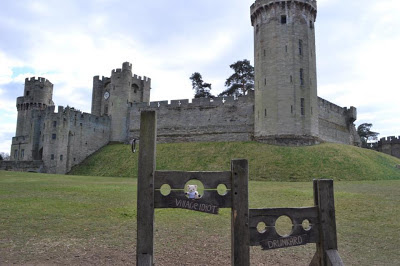 Best spots and places for Hotels near warwick castle with swimming pool