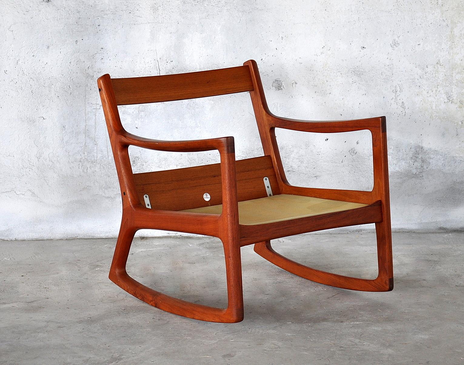 select modern ole wanscher teak rocking chair. Black Bedroom Furniture Sets. Home Design Ideas