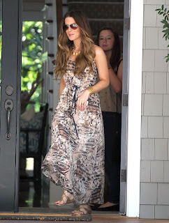 Kate Beckinsale leaving a friends house