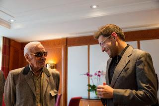 Échecs : Charles Aznavour rend visite à Levon Aronian au Zurich Chess Challenge - Photo © site officiel