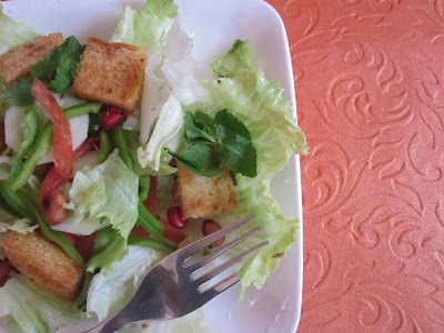 Lettuce Garlic Croutons Salad - A Refreshing Salad Recipe