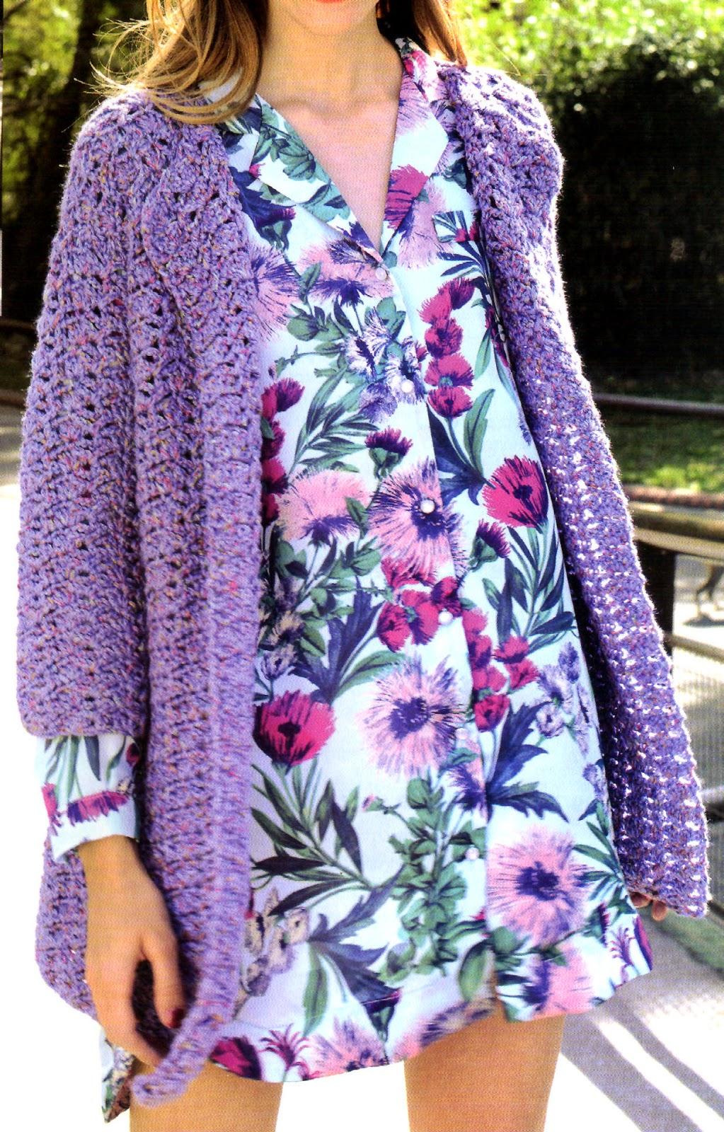 saco largo estilo folk tejido en crochet (frente)
