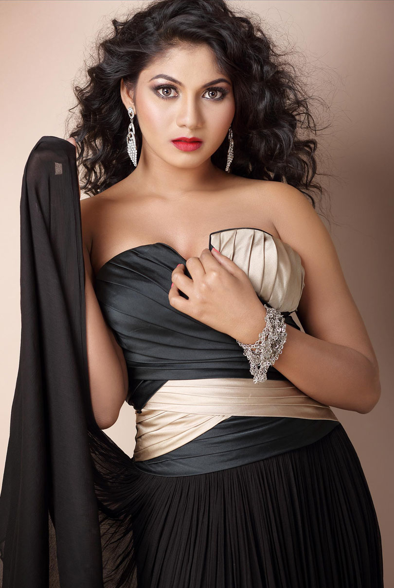shruti reddy hot photoshoot