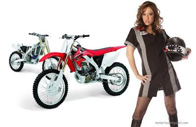 motos-mujeres-chicas-enduro-honda-450-wallpaper-rihanna
