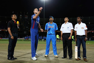 India-v-England-T20-World-Cup-Broad-Dhoni
