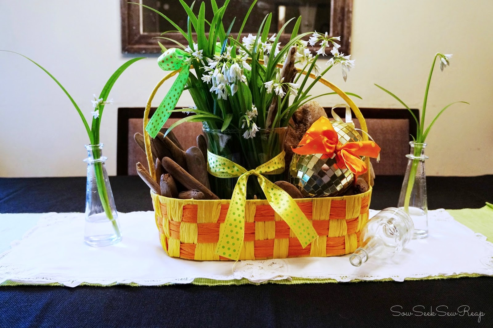 SPRING TABLE, EASTER TABLE, SPRING DECOR, EASTER DECOR