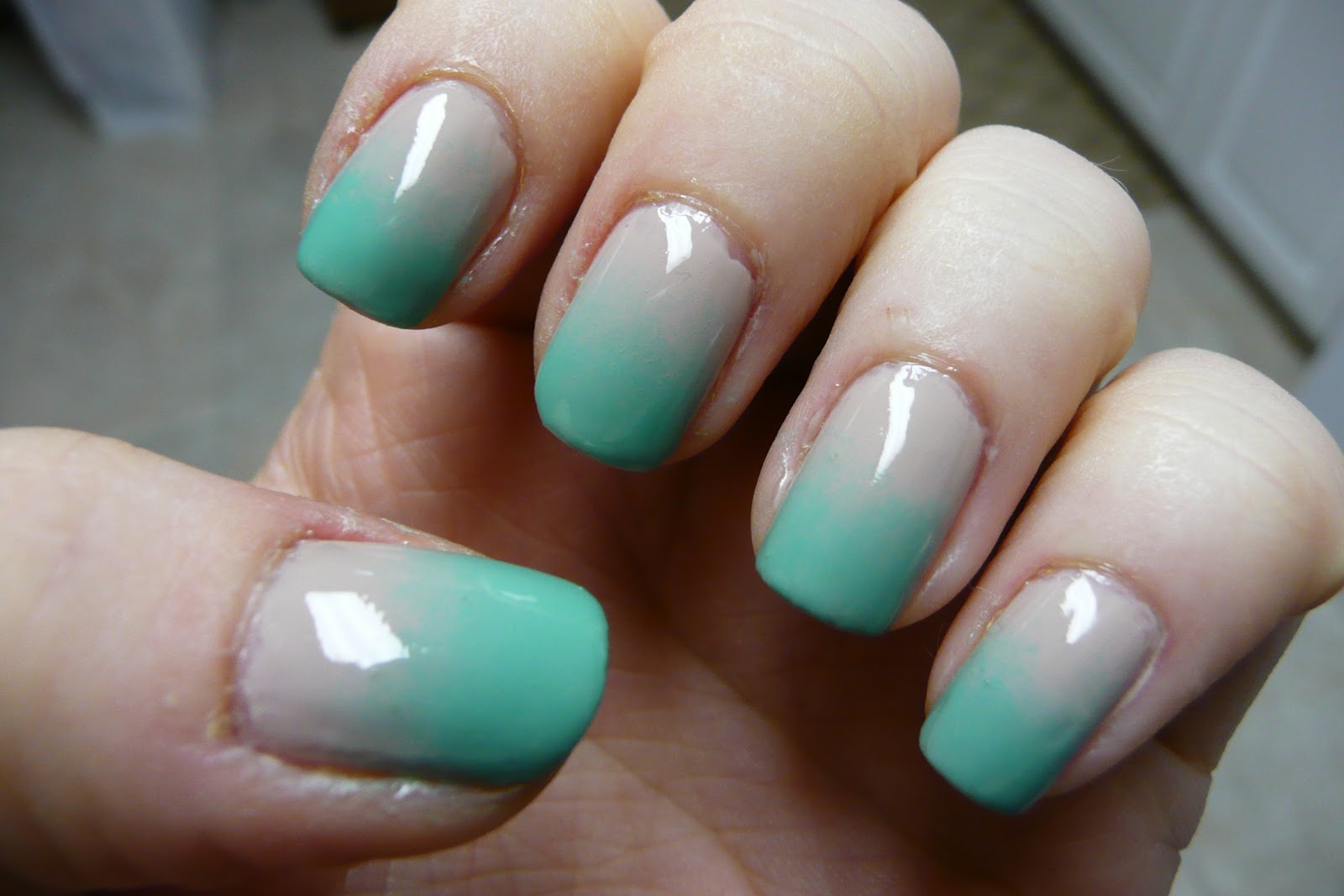 Nails of the Day(s) NOTD – Ombre pastels