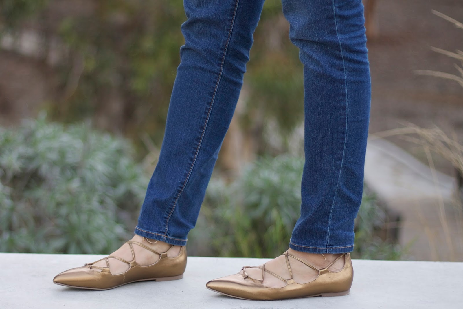 Gap gold shoes, gap metallic flats, metallic lace up flats, lace up flats under $50, old navy jeans