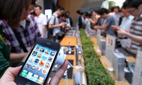 "<img src=""http://1.bp.blogspot.com/-G3W0KO7FG90/U0G50Gk9YwI/AAAAAAAACIg/eHirCOqW7Vw/s1600/Apple-iPhone--.jpg"" alt=""Apple sales team concerned about shrinking high-end iPhone market"" />"