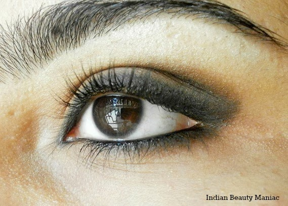 Brown eyeshadow with Kohl eyemakeup
