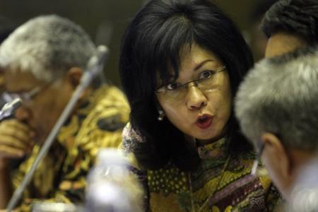 Menteri BUMN Perpanjang Jabatan Karen Agustiawan