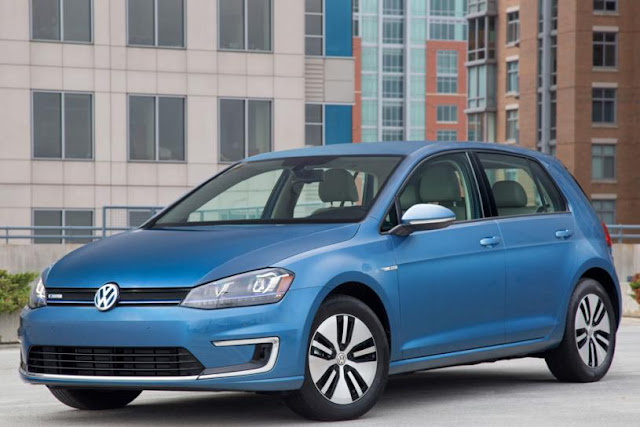 2015 price Volkswagen eGolf Electric car