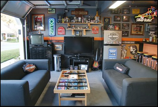 Harley Garage Man Cave