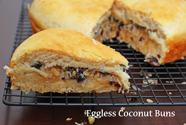 Eggless Coconut Buns
