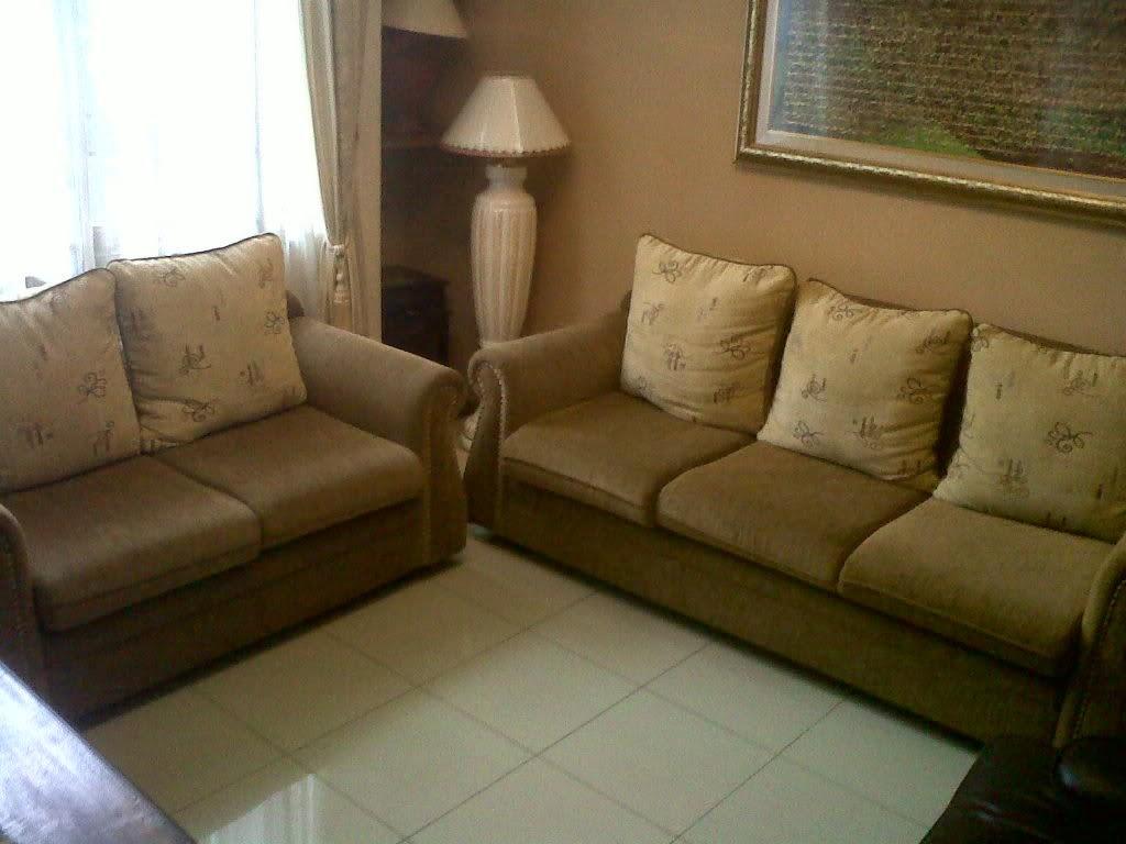 Bentuk-bentuk sofa ruang tamu 5