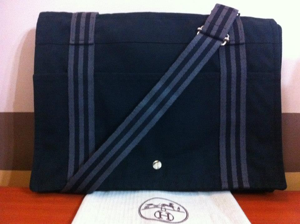 Authentic Hermes Messenger Bag Fourre Tout ~ DesignersLane888