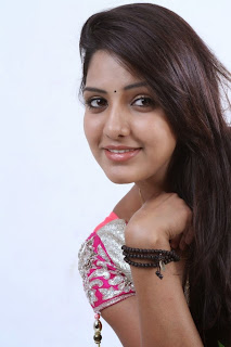 Actress Bhavani Reddy Latest Picture Gallery 14.JPG