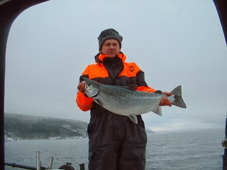 Lasse Bengtsson (Team KeepCool) med fin Vätternlax från 2005.