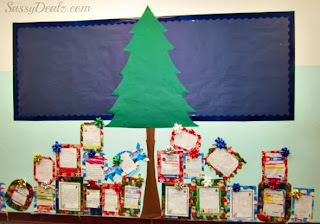 countdown wreath board its always fun to have a countdown in your classroom so consider making a big paper wreath with the title how many days on top - Christmas Bulletin Board Decorations