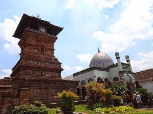 Masjid Menara Kudus - 1549