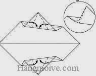 Bước 5: Gấp chéo bốn mép giấy vào trong.