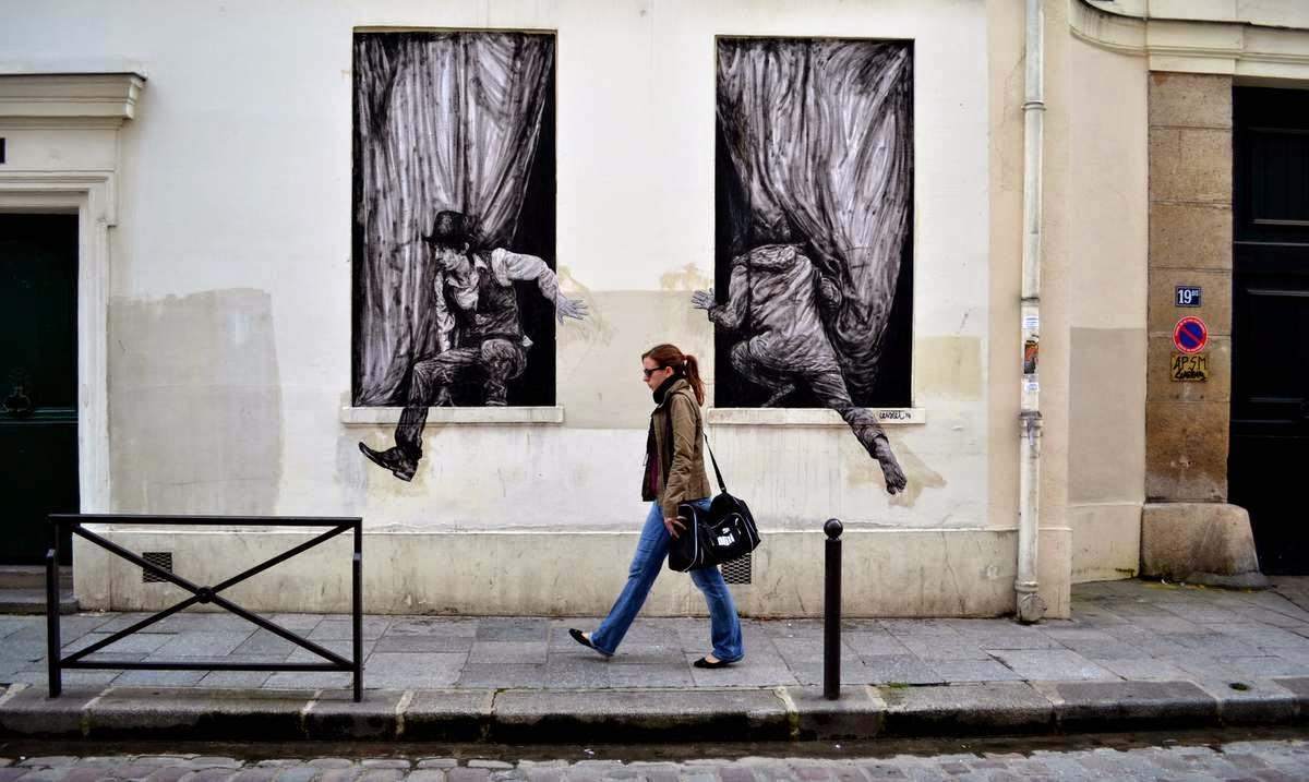 Levalet has been rather busy this week with a series of fresh new pieces on the streets of his hometown, Paris in France.