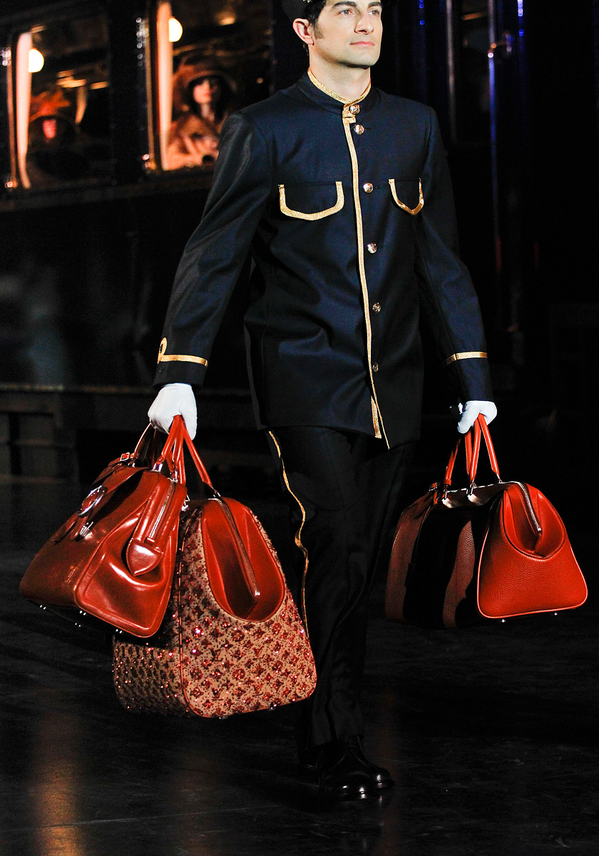Different Fashion Styles Louis Vuitton Fall 2012 Bags