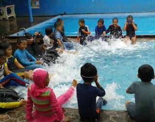 Guru Pelatih Les Renang, Swim School, Kursus, Privat, Umum Semarang