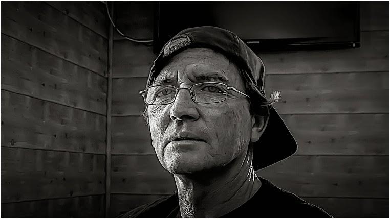 Compact Camera, Best Photo of the Day in Emphoka by Víctor M Chacón,  Lumix DMC-FZ150, https://flic.kr/p/nmGvJe