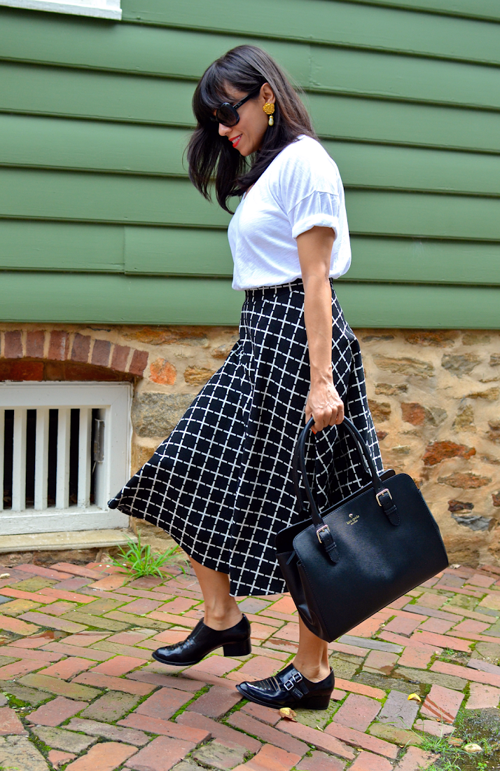CIRCLE SKIRT WITH BROGUES OUTFIT