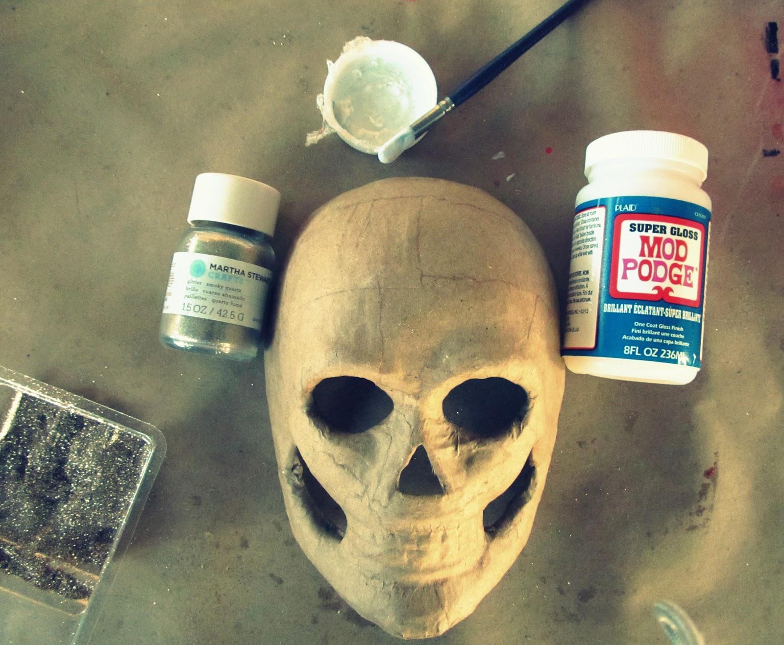 Как сделать страшную маску папье