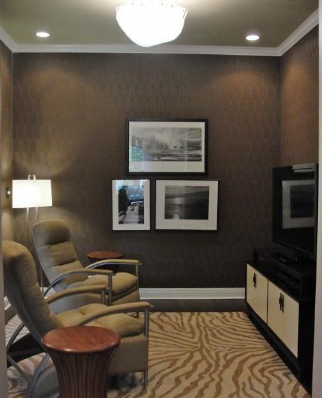 Blog de decorar sala de tv decorada com sof nico e chaise for Sofa para sala de tv