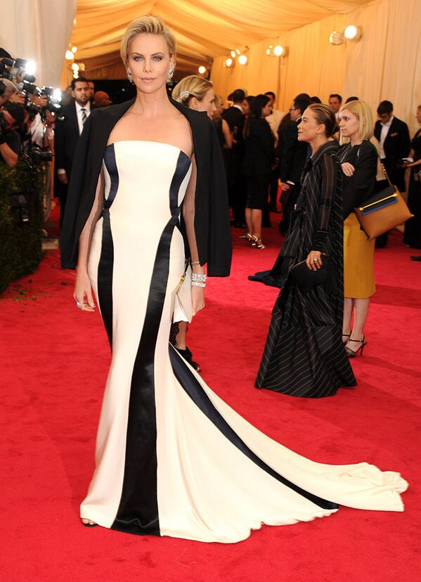 charlize theron fashion, dior, met gala 2014 best dressed