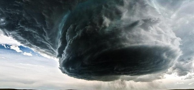 حقيقة الإعصار الذي سوف يضرب مصر ويقتلع كل شئ يقابله