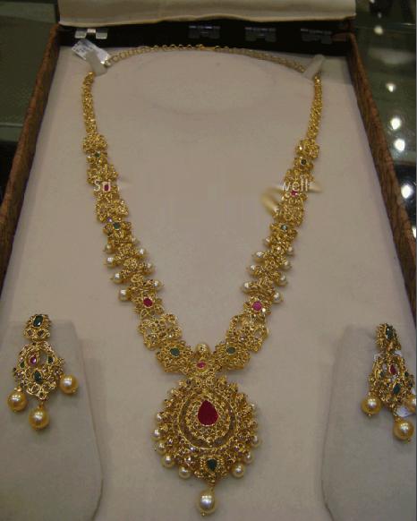 Bridal Diamond Necklace And Haram Set: Jewellery Designs : 22 Kt Uncut Diamond Haram Jewellery