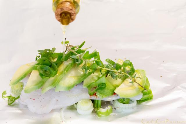 Papillote de bacalao con verduras al horno - Receta paso a paso