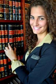 escritório de advocacia com advogados especializados