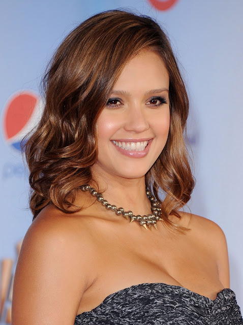 Jessica Alba is gorgeous